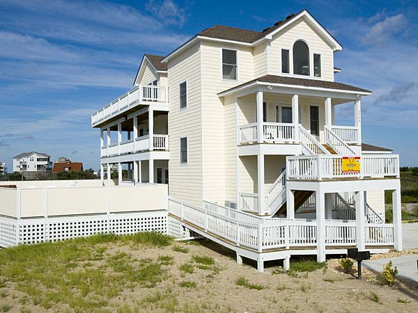 . Beach Therapy  8 bedroom Ocean View home in Rodanthe  OBX  NC