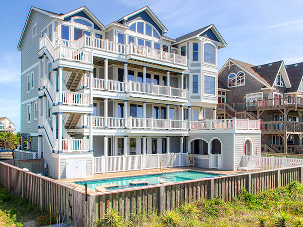 Forever moore 8 bedroom ocean front home in hatteras obx nc for Hatteras homes